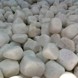 Snow white pebbles (tumbled marble) 1